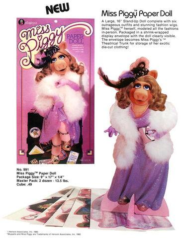 File:1981 colorforms piggy paper doll.jpg