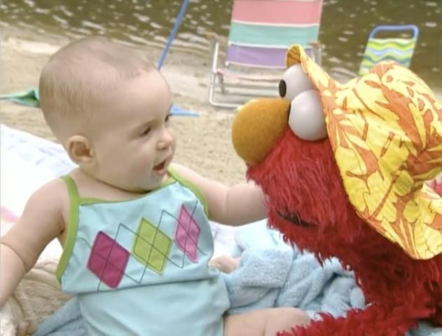 File:Ewbeach-baby.jpg