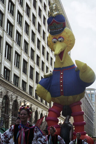 File:BigBird-Balloon.jpg