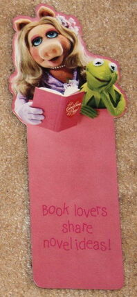 File:Hallmark 1980 bookmark piggy kermit.jpg