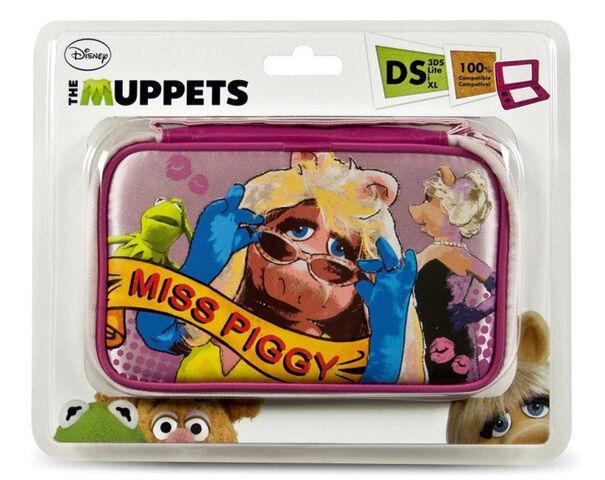 File:Nintendo-DS-Lite-i-XL-3DS-Case-TheMuppets-MissPiggy.jpg