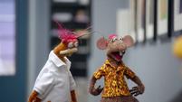 TheMuppets-S01E08-Pepe&Rizzo