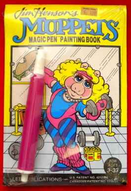 Lee publications 1988 miss piggy magic pen painting book 1