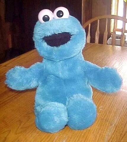 File:Playskool cookie monster puppet.jpg