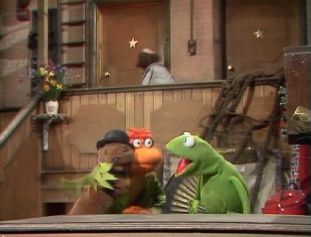 File:SCooter and Kermit.jpg