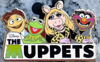 Uk disney store muppets pin le 350