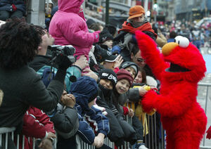 ToysRUs Parade Elmo