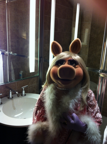 File:FDNY Miss Piggy 8.png