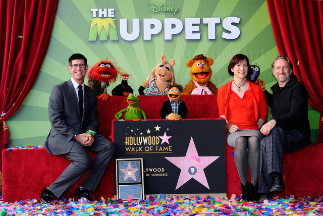 File:TheHollywoodWalkOfFame-TheMuppets-(2012-03-20)03.jpg