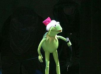 File:Kermit's50thAnniversaryTour-RockettesOpeningNightReader-(2005-11-04).jpg