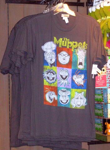 File:Muppets faces disneyland shirt 2010.jpg