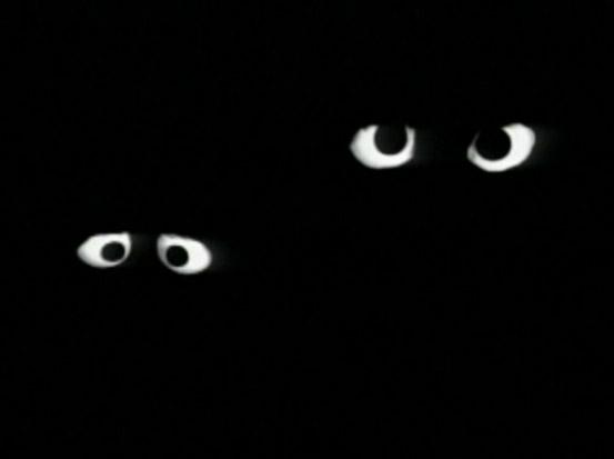 File:Darkeyes telly oscar china.jpg