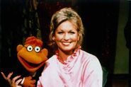 Phyllis George01