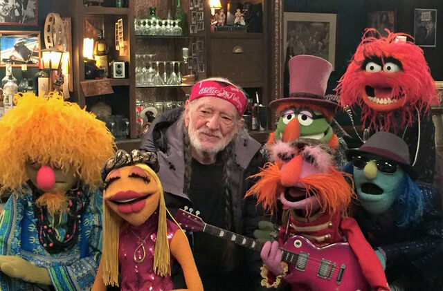 File:Willie Nelson and the Muppets.jpg