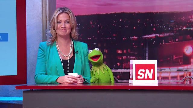 File:ESPN-SportsNation-MichelleBeadle&Kermit-(2014-03-07).png