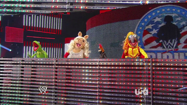 File:WWE-TributeToTheTroops-15-(2012-12-19).png