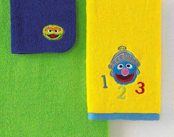 File:Jf towels 2.jpg