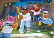 Milton bradley 1988 sesame puzzle baseball