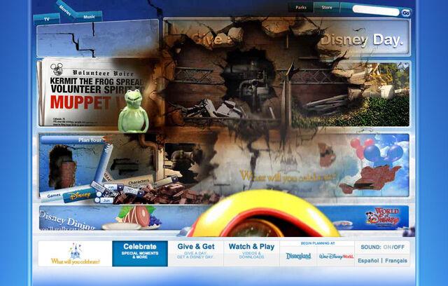 File:Disneyparksgive.com-28.jpg