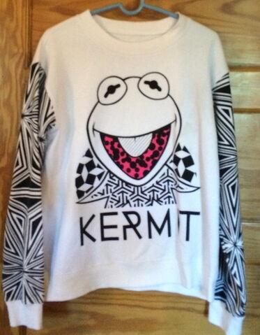 File:Forever 21 kermit black and white.jpg