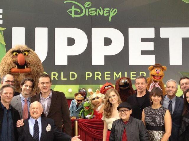 File:TheMuppets-WorldPremiere-ElCapitan-(2011-11-12)-03.jpg