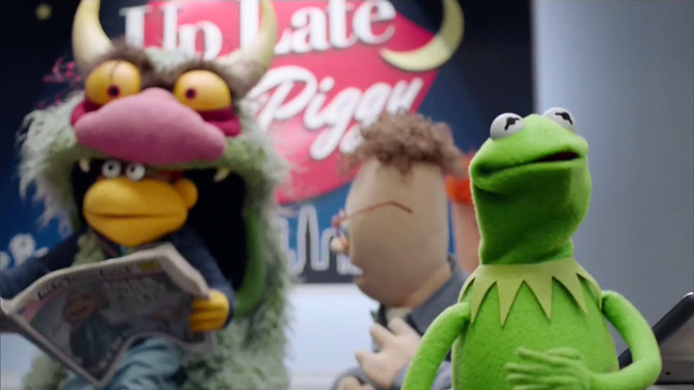 File:TheMuppets-S01E12-BigMeanCarl-Eating-Scooter.png