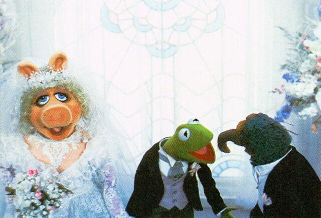 File:MTM wedding Gonzo altar.jpg