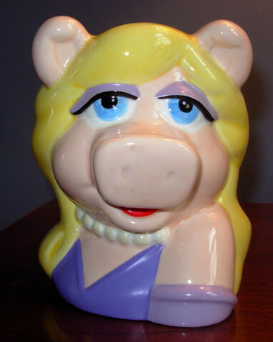File:Piggy applause mug.jpg