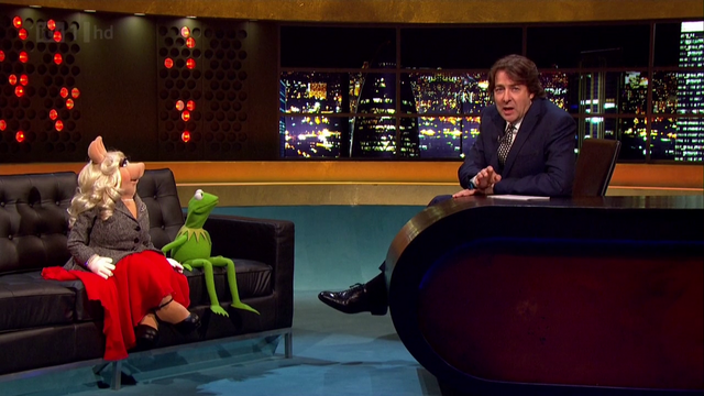 File:TheJonathanRossShow-K&P-(2012-01-25)02.png