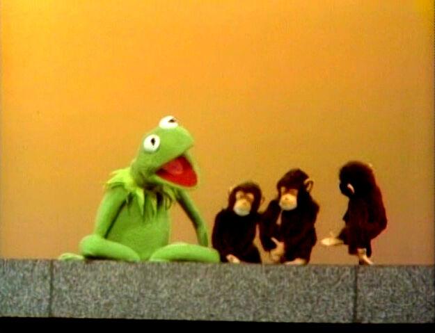 File:KermitCountsMonkeys.jpg