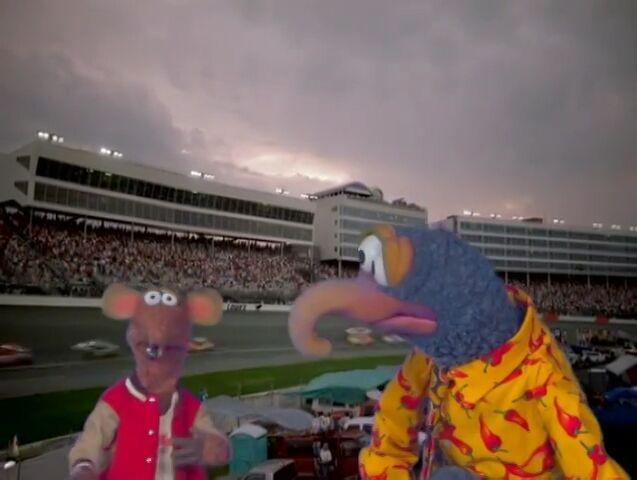File:Muppet spotlight 8.jpg