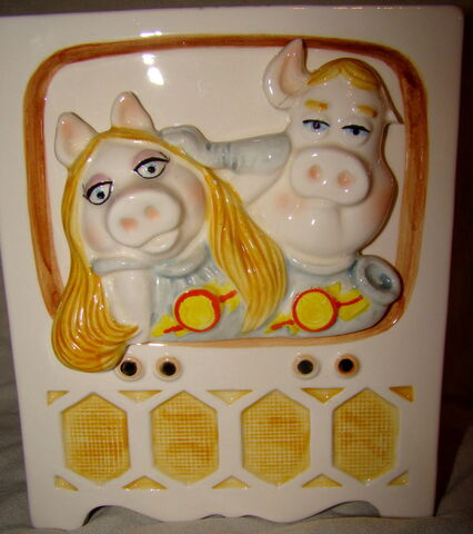 File:Sigma cannister pigs in space.jpg