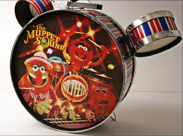 File:Noble cooley drum set 2.jpg