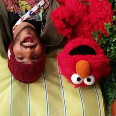 File:Abdullah & Elmo.jpeg