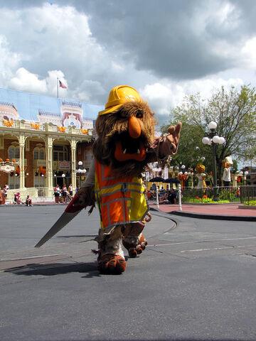 File:Disney'sHonoraryVoluntEarsCavalcade-SunnyDay-S.jpg
