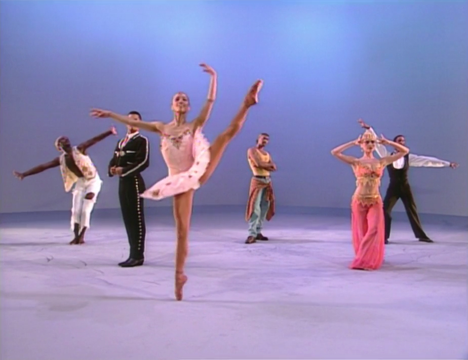 File:Balletdancers.jpg