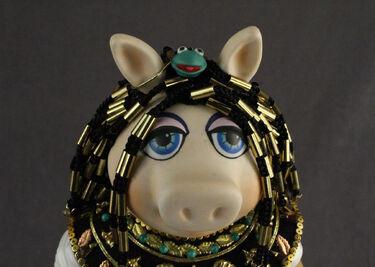 Famous Femmes du Histoire Cleopatra 04 face detail