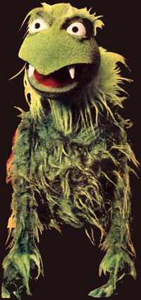 Green frackle puppet