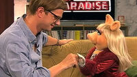 NeoParadise-MissPiggy&JokoWinterscheidt-(2012-01-26)