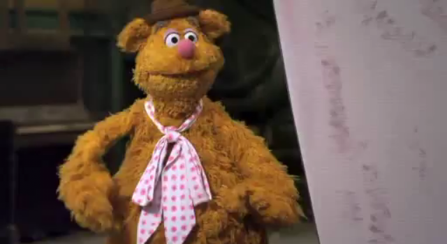 File:The Muppets Face One Big Problem Promo (33).png