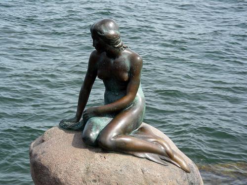 File:Mermaid statue copenhagen.jpg
