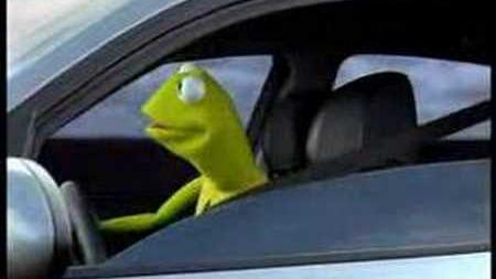 BMW Kermit Commercial (Portuguese Version)