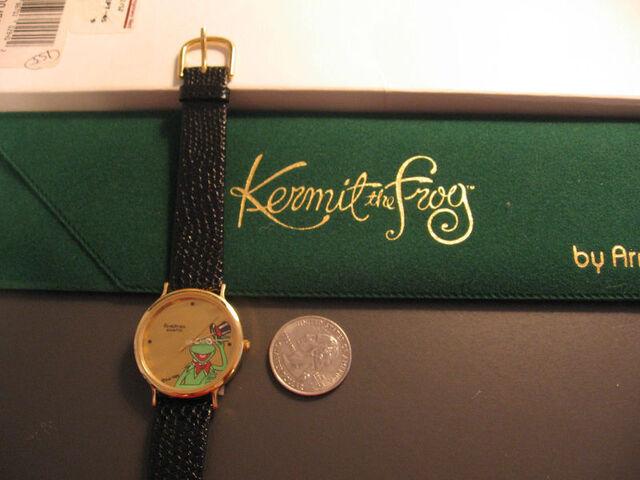 File:Arm kf 89 3.jpg
