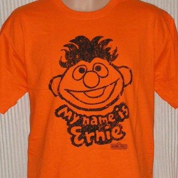 File:Tshirt-mynameisernie.jpg