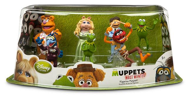 File:DisneyStore-MuppetsMostWanted-FigurePlaySet-Box.png