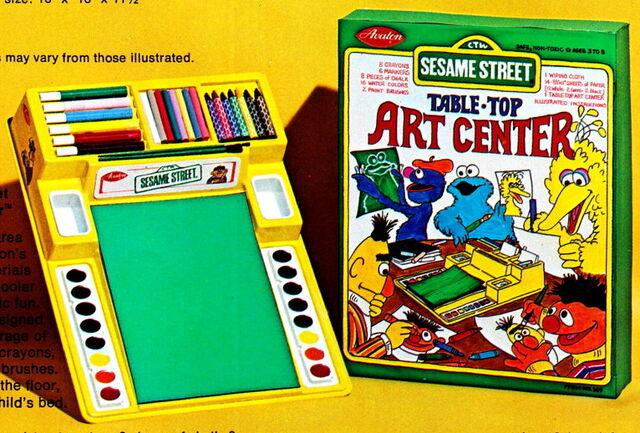 File:Avalon 78 tabletop art center.jpg