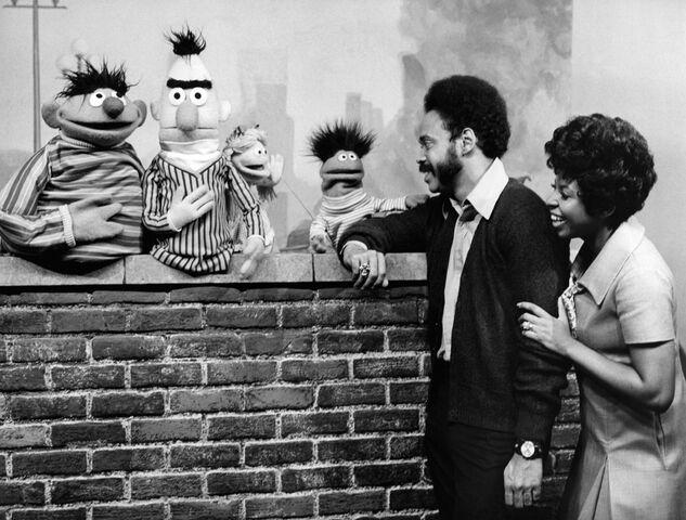 File:SesameStreet-Muppets-Gordon&Susan-(1969).jpg