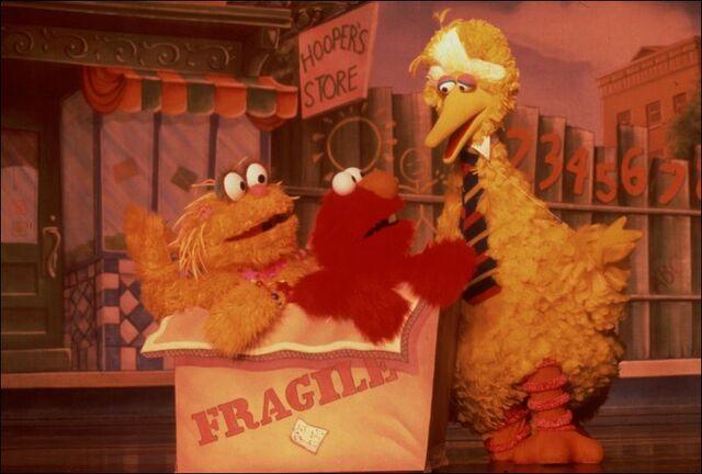 File:Sesame-Street-arrives-at-SeaGate.jpg