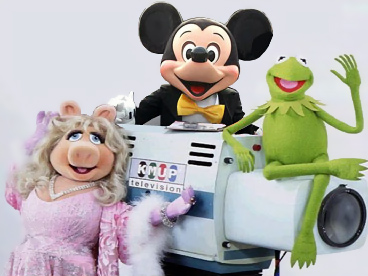 File:Mickey-kermit-piggy.jpg