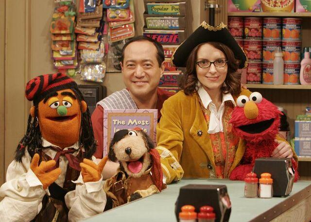 File:SesameStreet-TinaFey-Bookaneers.jpg